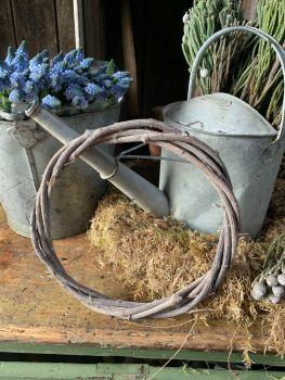 Natural vine wreath grey washed