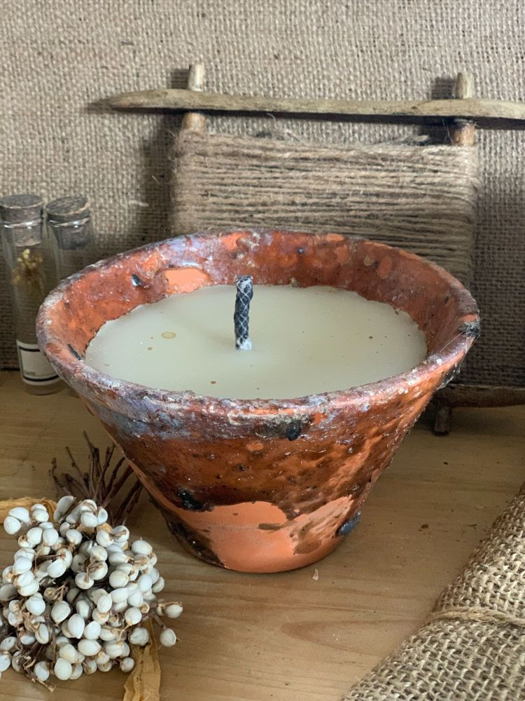 Old french sap pot candle