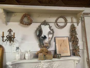 French game rack/shelf