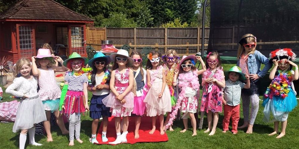 Girls pamper parties Kent Lollipops dress up 2