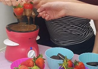 Girls pamper parties Kent extras chocolate fondue