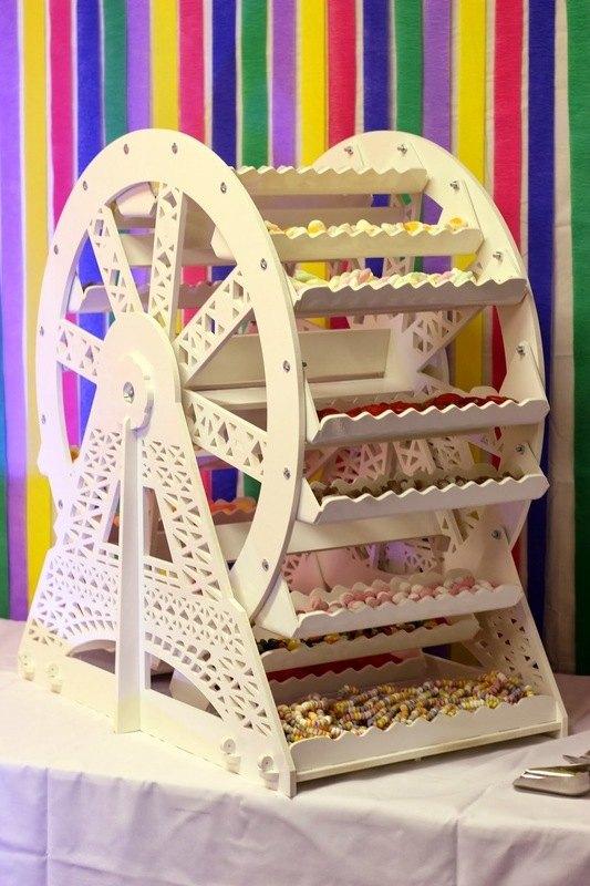 Sweet Ferris Wheel for Hire