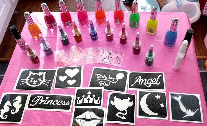 Lollipops & Lipstick Pamper Pack