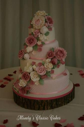 Country Garden Wedding Cake (Tish)