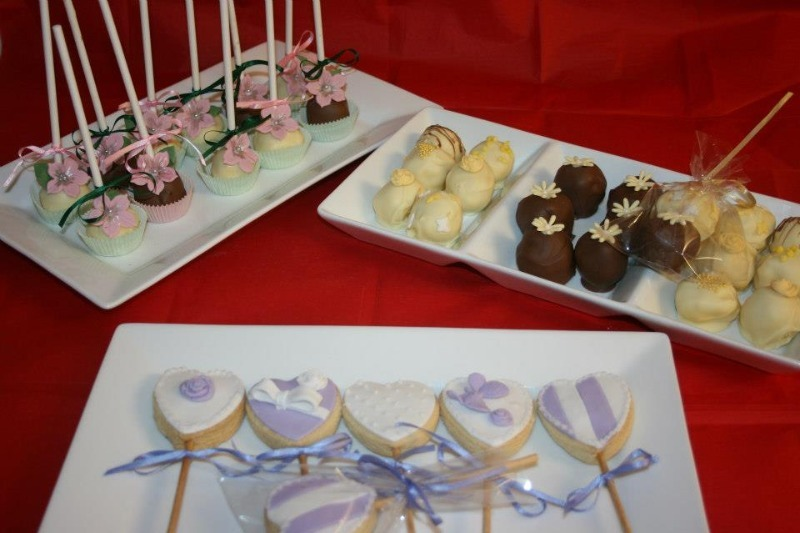 cake pop cookies and truffles