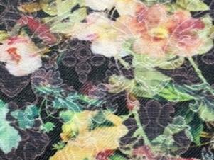 52% Cotton  45%  polyester 3% Spandex 148cm