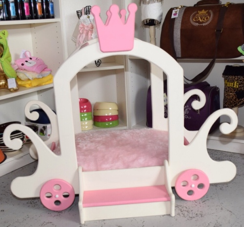 Princess Carriage Dog Bed