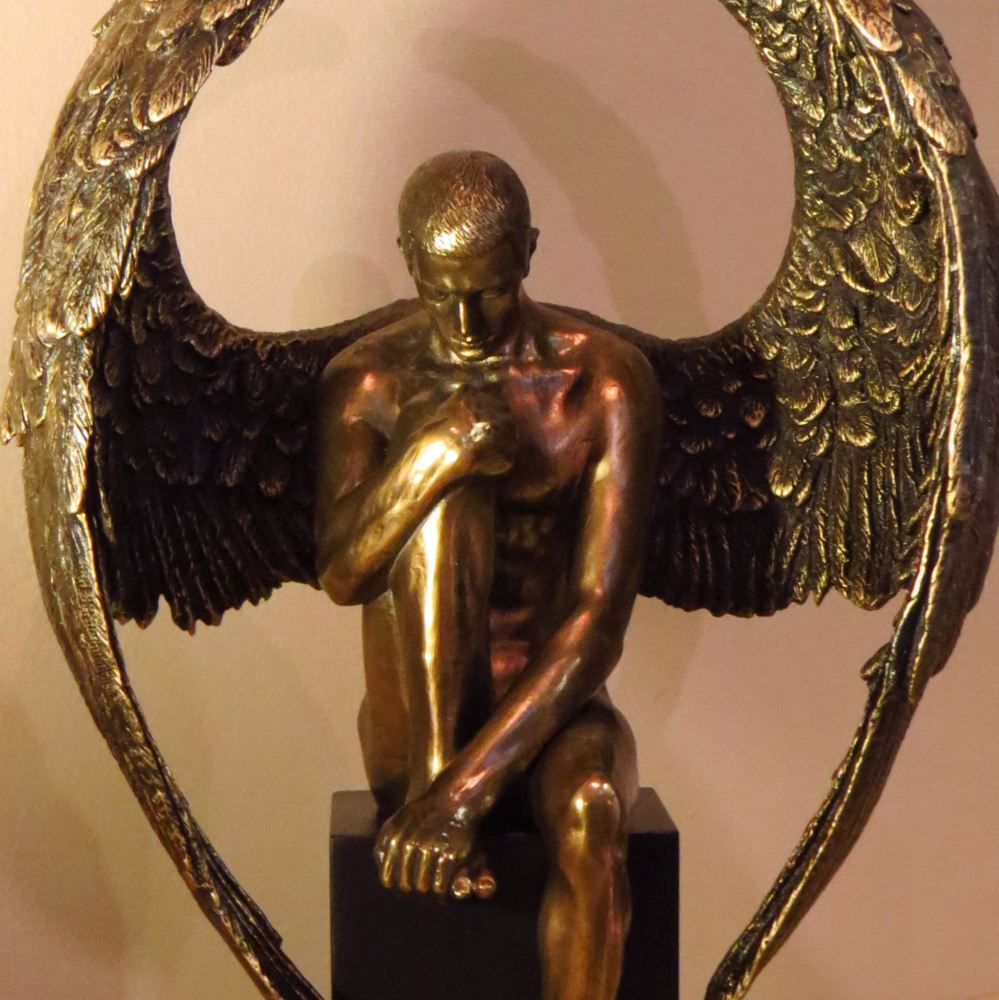 'Angel's Reflection' figurine