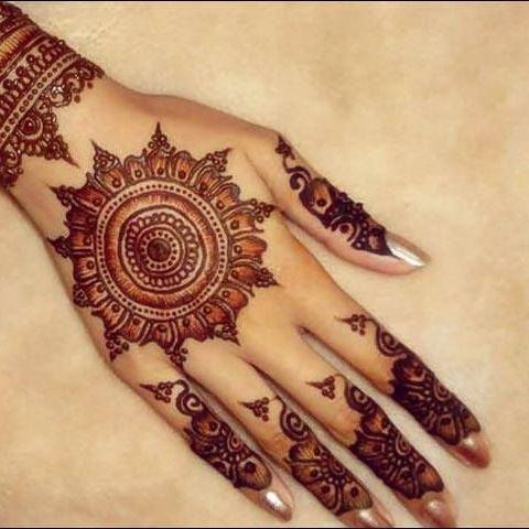 Henna Mehndi tattoo cones