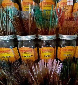 Wild Berry loose incense sticks