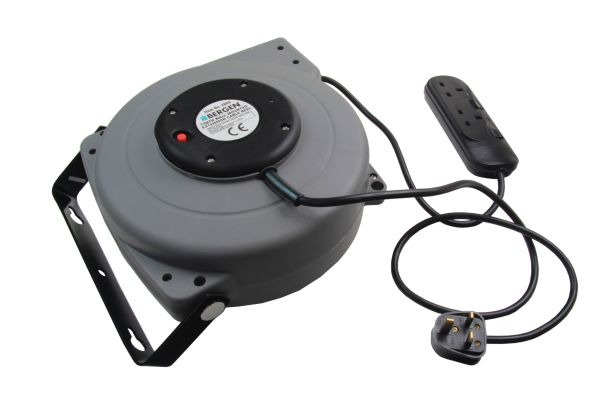 15MTR WALL MOUNTED EXTENSION CABLE REEL 240V