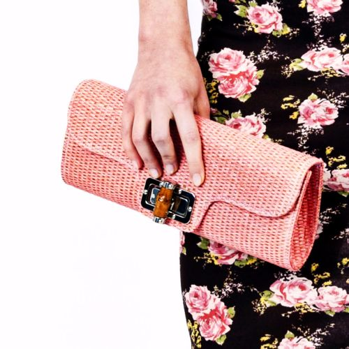 Collectif Bamboo Clutch - Pink