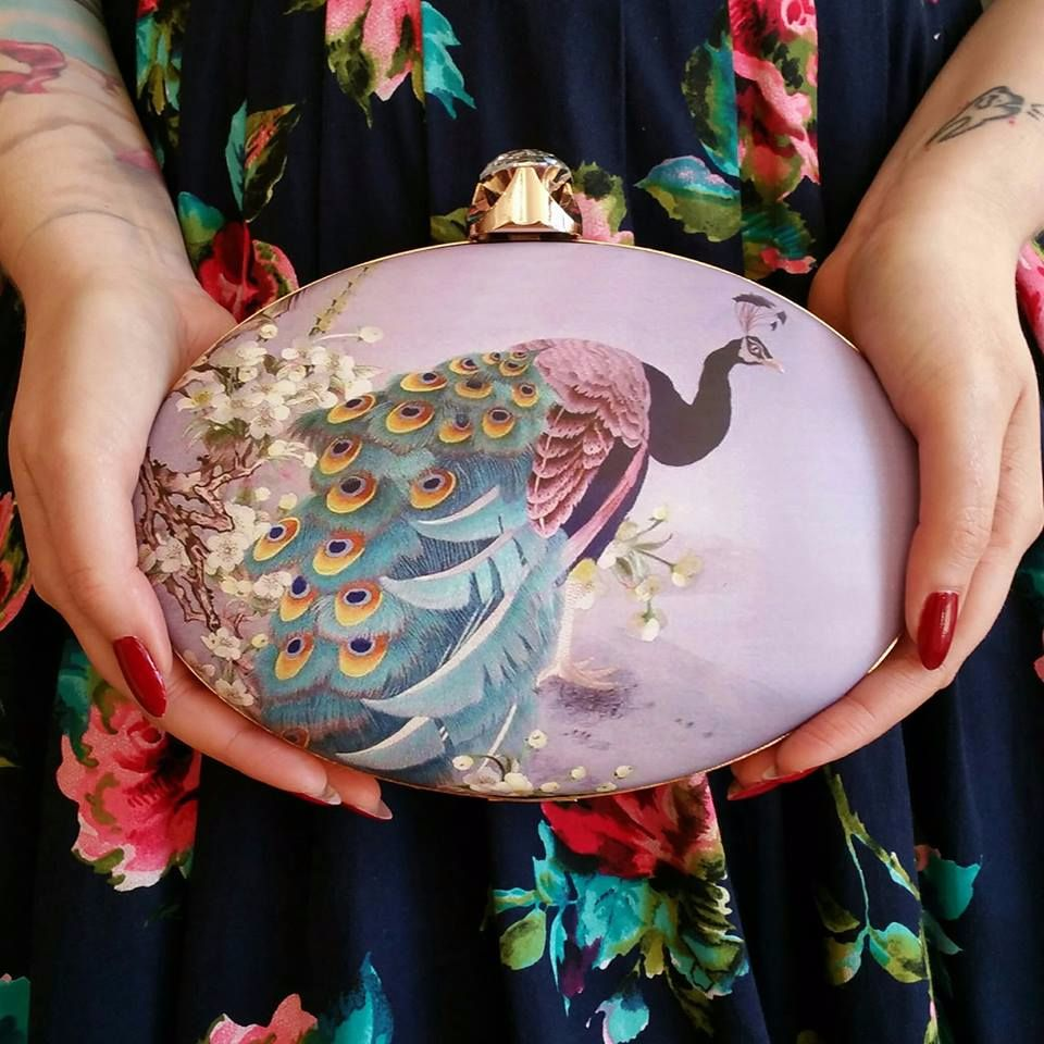 Dancing Days by Banned - The Amara Peacock Clutch in Lilac