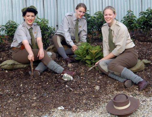1940slandgirls