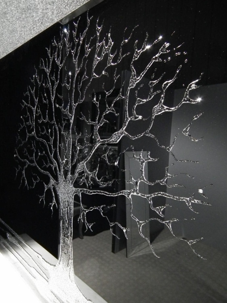 Glitter Tree in Silver on a Black Bevelled Mirror