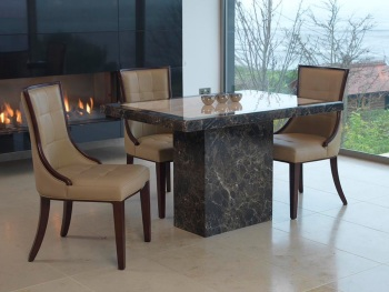 Ravelli Dining Table