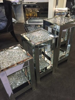 * New Crush Sparkle Crystal Mirrored Lamp Table Medium
