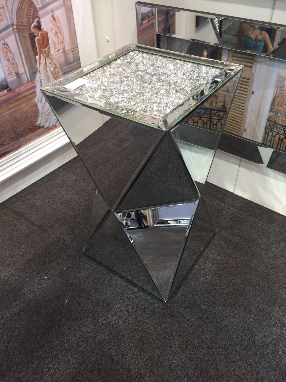 New Diamond Crush Sparkle Crystal Double Twist Lamp Table