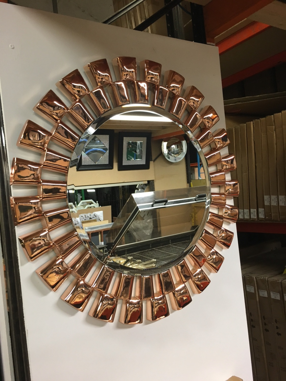 Stunning Rose Gold Large Links Framed Decorative Round