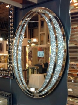 * New Crush Crystal Sparkle Oval Wall Mirror