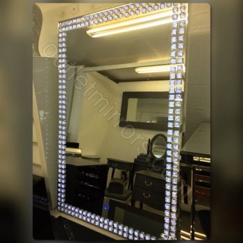 **Led Crystal Wall Mirror 120cm x 80cm