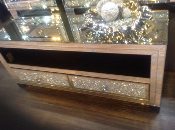 *Diamond Crush Crystal Sparkle Mirrored Milano TV Entertainment  - Free delivery