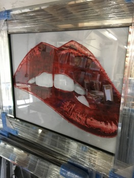 "Sparkle Glitter Art ""Luscious lips Red"" Mirrored frame"