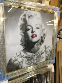 """Marilyn Monroe Glamour "" Wall Art in Mirrored Floating Cystals Frame"