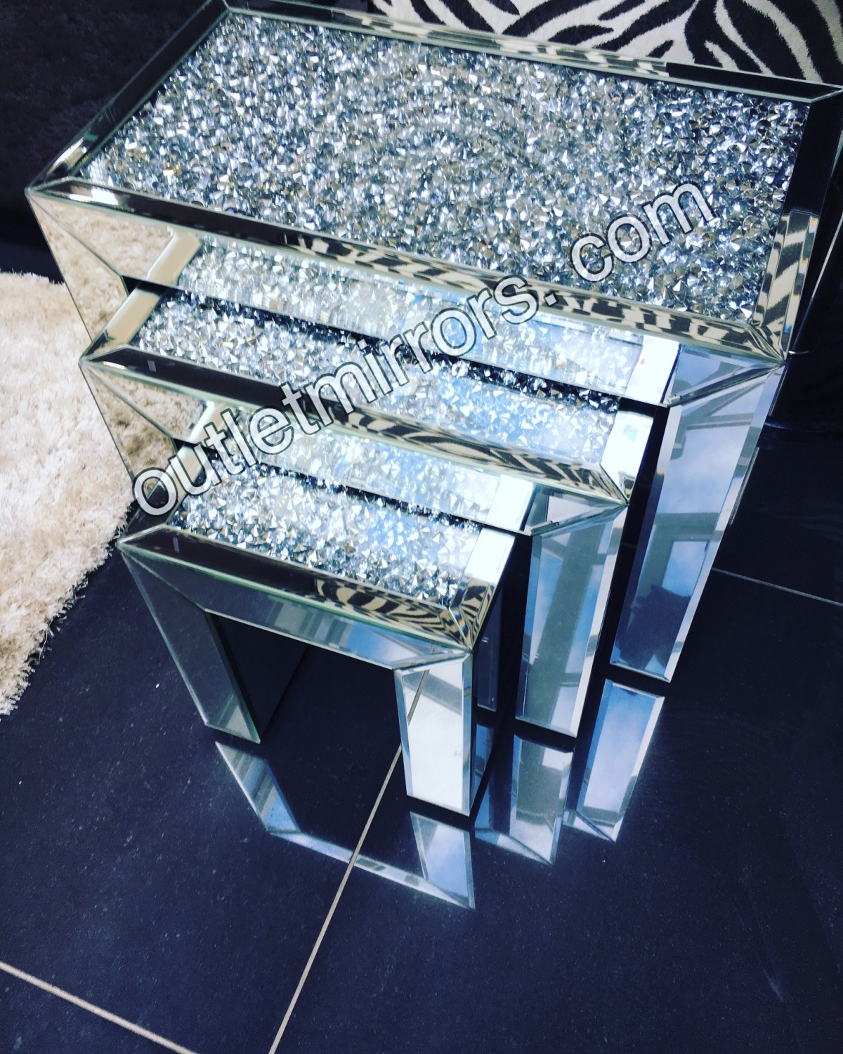 Crushed Diamond Mirrored Coffee Table: * Diamond Crush Crystal Nest Of 3 Tables Item In Stock