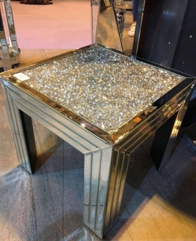 *Diamond Crush Crystal Sparkle End Table / Lamp Table item in stock