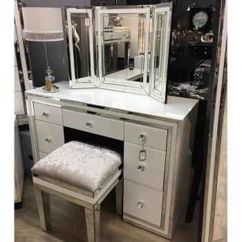 White Mirrored  7 Draw Drsssing Table