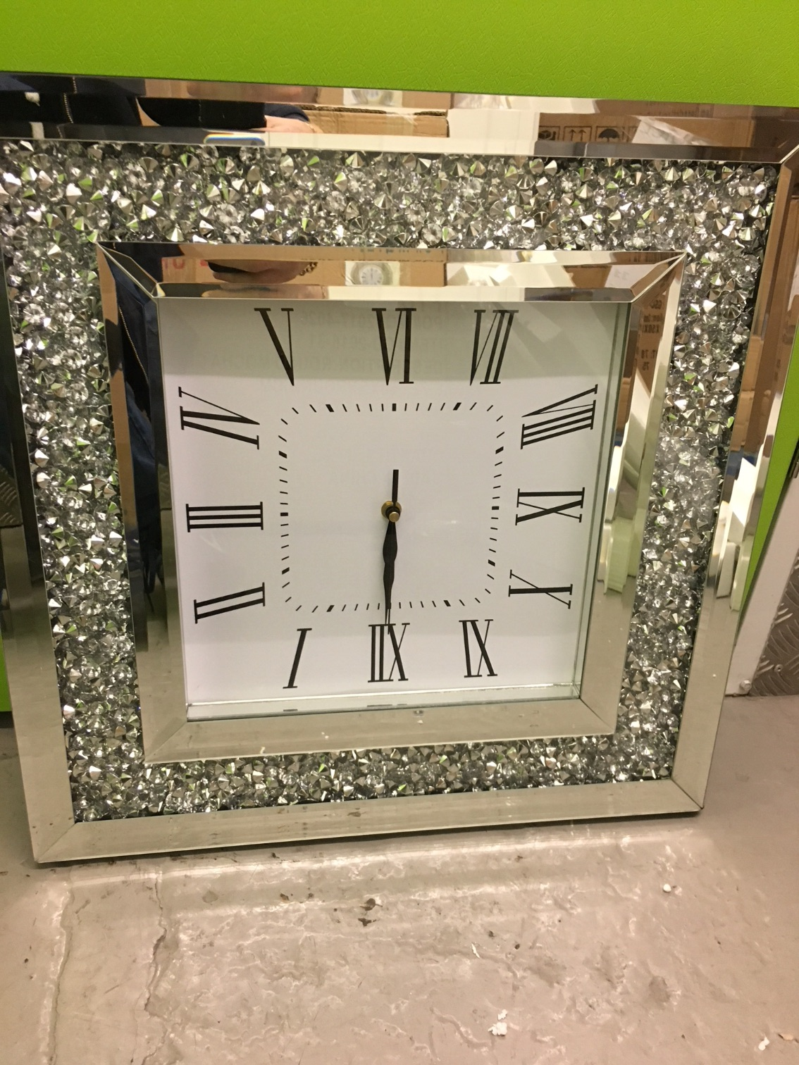 New Diamond Crush Sparkle Large Crystal Mirrored Clock