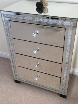 *Diamond Crush Sparkle Crystal Mirrored Milano 4 draw Bedside Chest