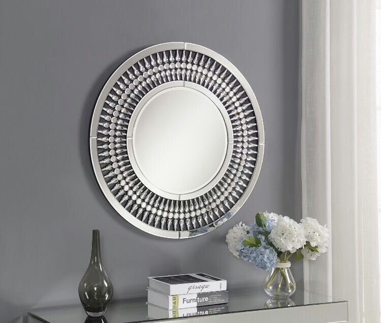 *Crystal Round Wall Mirror