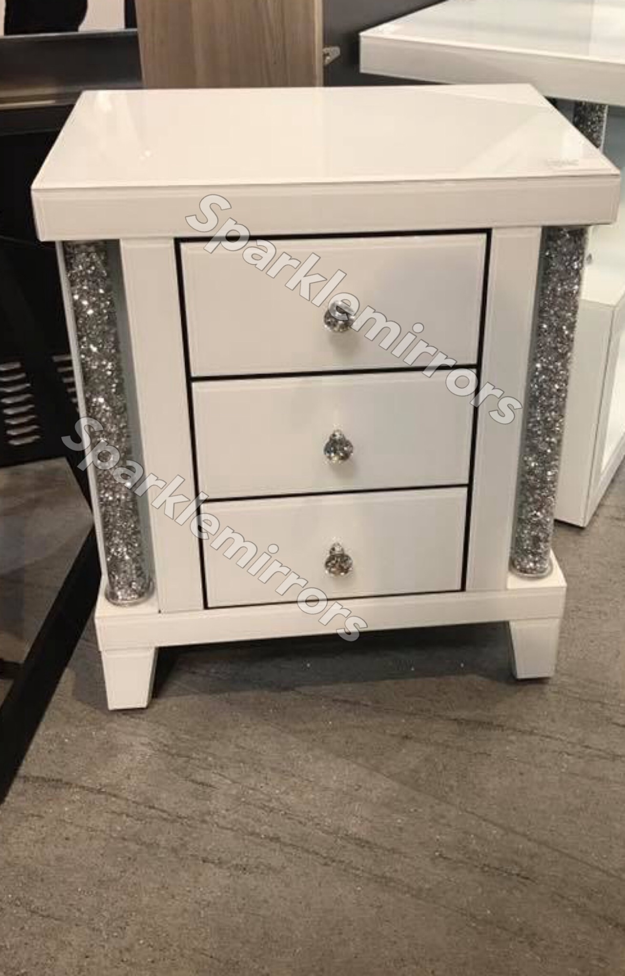 Diamond Crush Crystal White 3 Draw Bedside Chest Of Drawers