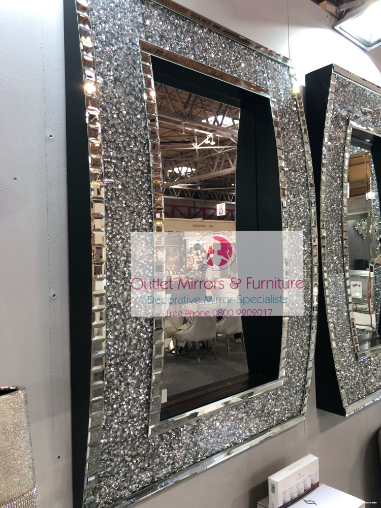 * New Diamond Crush Sparkle Out curve Wall Mirror 120cm x 80cm  item in sto