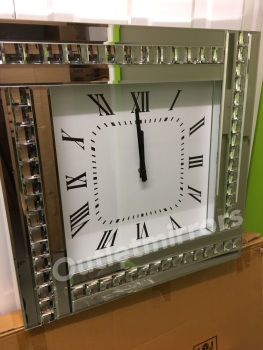 Crystal border Wall Clock