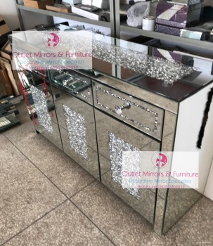 *Diamond Crush Sparkle Crystal Mirrored 3 draw 3 Door Sideboard with crystal Top 48 hour speical offer