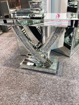 *Diamond Crush Crystal Curve Console Table 110cm in stock for fast delivery