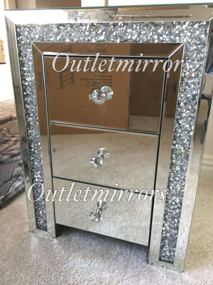 * New Diamond Crush Sparkle Crystal Mirrored 3 draw Chest in stock