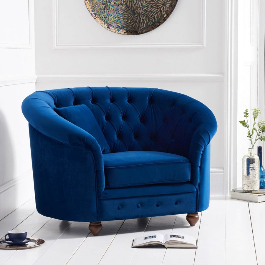 Chelsea Blue Plush Buttoned Curved Chesterfield Armchair