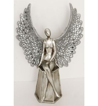 *Sitting Angel with Open Wings Medium