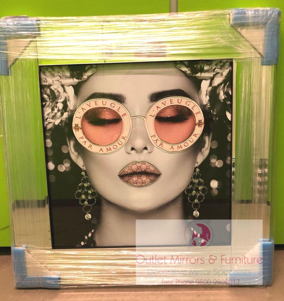 Media Art L'aveugle Par Amour Pink Lips Mirror Framed sparkle Art 57cm x 57