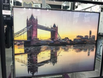 Mirror framed art print  London Bridge Sunset