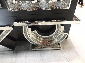 *Diamond Crush crystal Sparkle Crescent Console Table