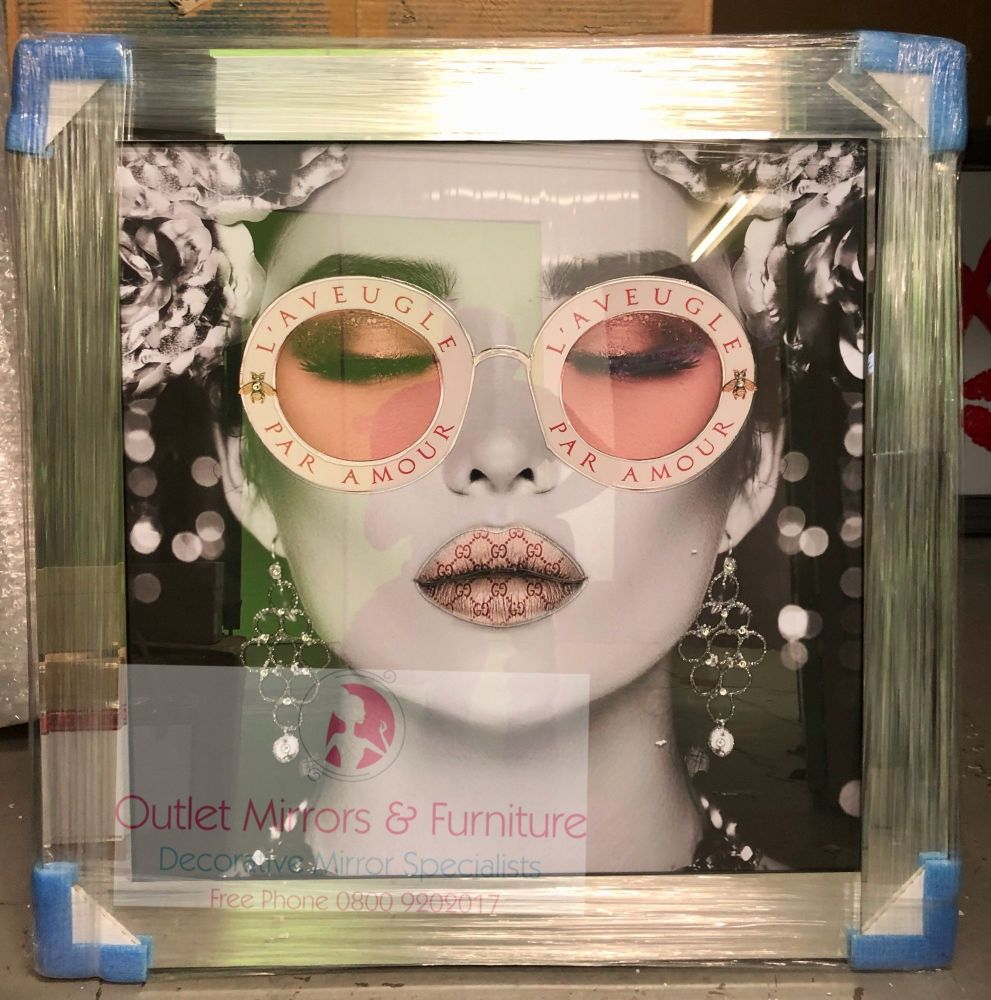 Media Art L'aveugle Par Amour Pink Lips Mirror Framed sparkle Art 85cm x 85