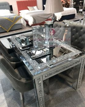 * Diamond Crush Sparkle Mirrored Dining Table 150cm x 90cm with 4 Lion Knocker Chairs in stock