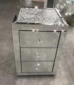 * Monica Diamond Crush Mirrored 3 Draw Bedside Chest with a Diamond crush Top - SOLD OUT