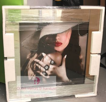 "Mirrored framed Liquid Art ""Diamond Rings Glamour Lady"""