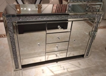 * Diamond Crush Sparkle Mirrored Sideboard 2 Door 4 draw - item Sold out until end of janaury  2021